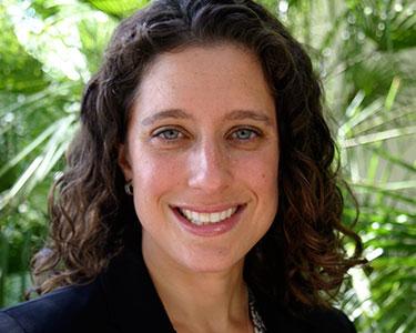 Caroline Bettinger-López