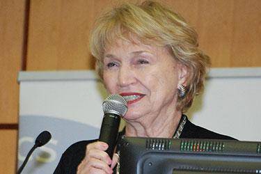 Marilyn Neff moderating